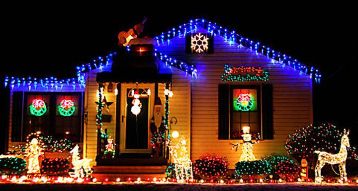 christmas-twinkle-house-lights-web.jpg